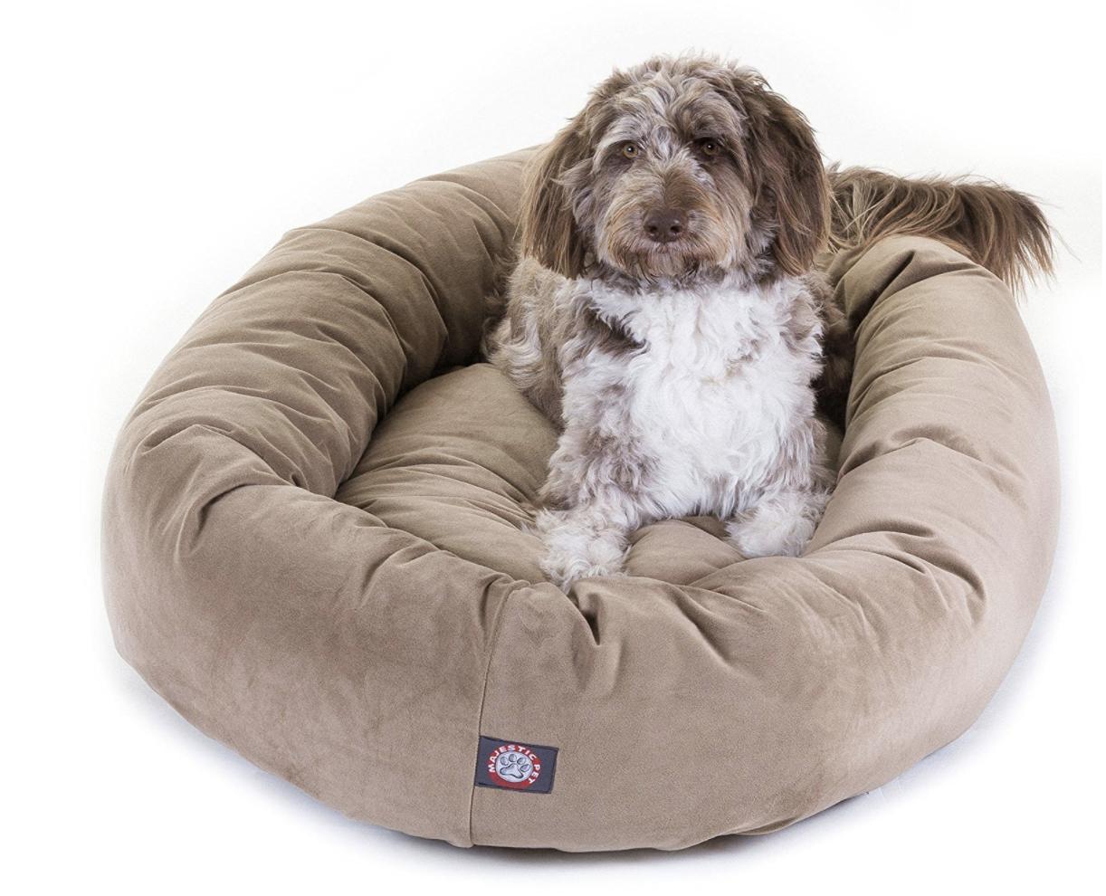 Majestic dog bed