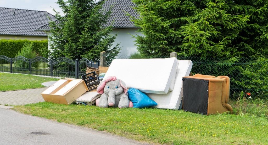 mattress garbage