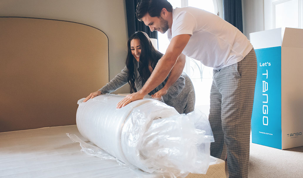Unboxing the Tango mattress