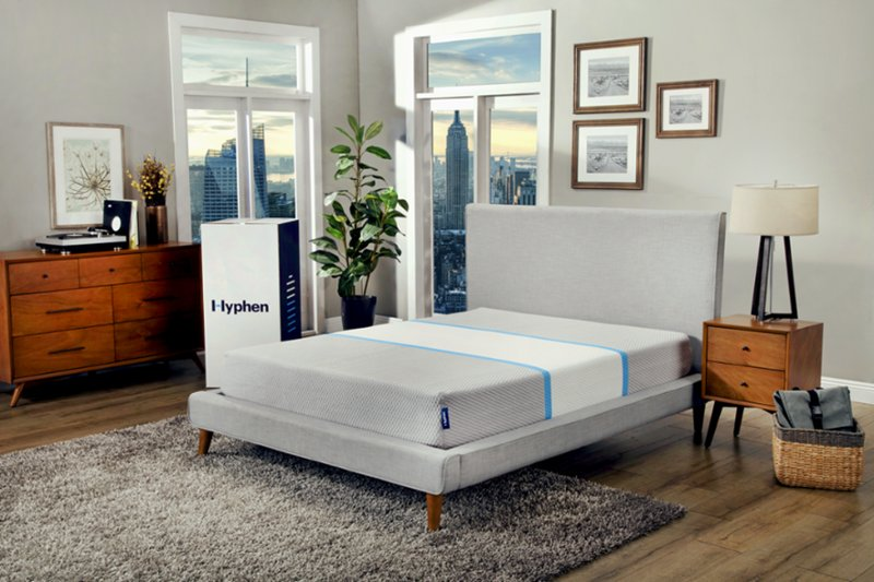 Hyphen mattress in bedroom