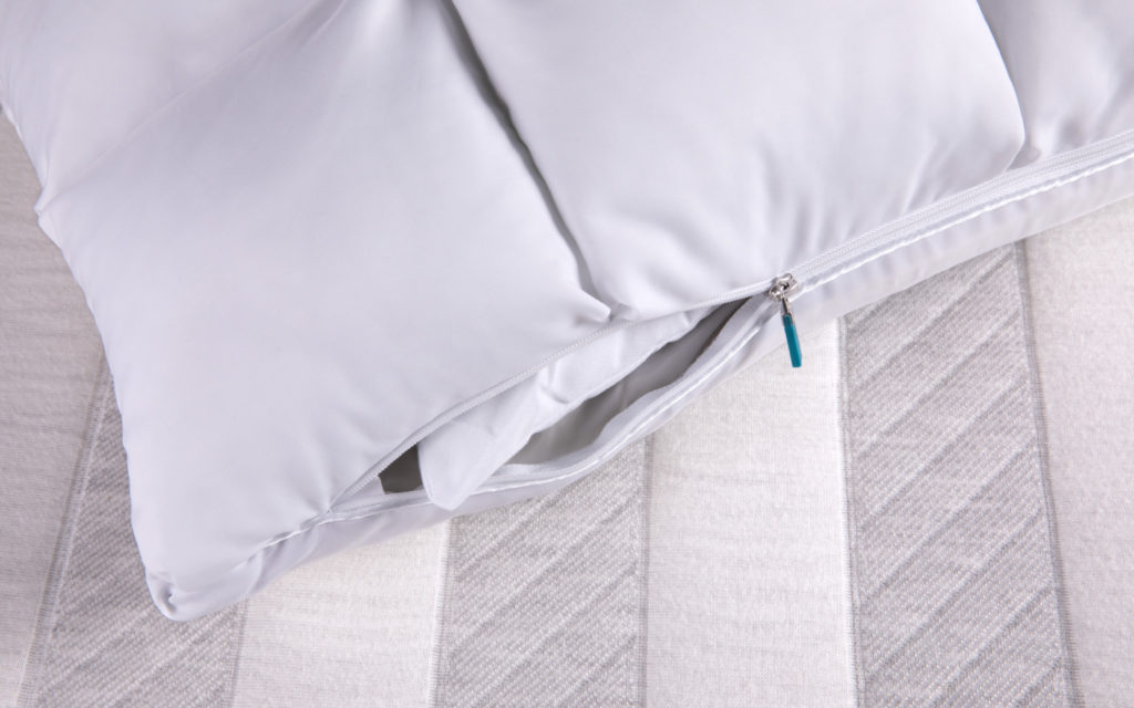Leesa Hybrid Pillow: Filler Insert