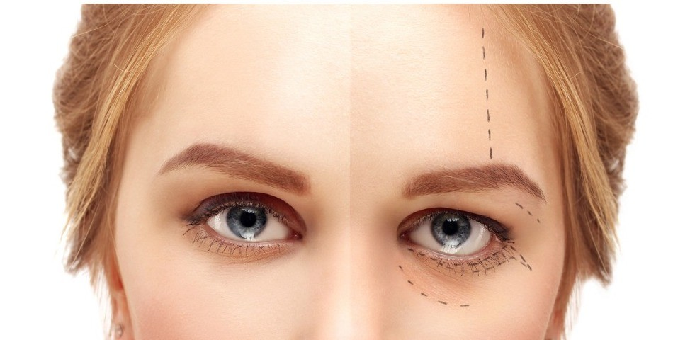 aging mature womanyoung womanmarking the faceperforation lines on picture id645193076
