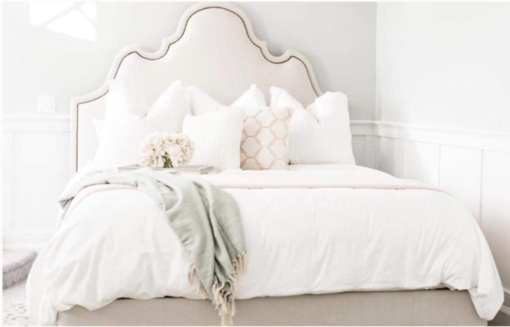Allswell Modern Glam Bedding Set