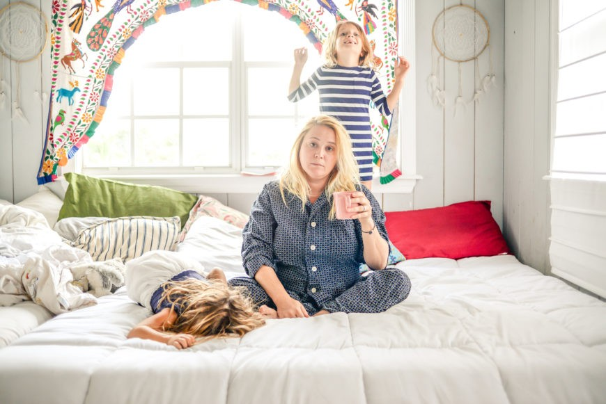Mother having difficulty getting children to sleep