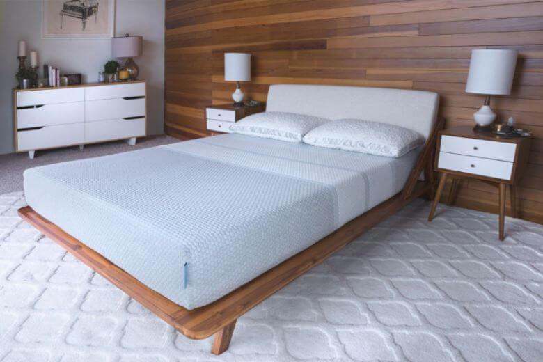 2920 mattress in a bedroom