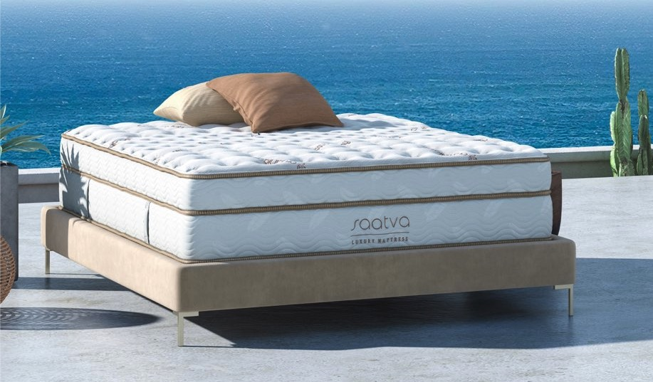 Saatva mattress product shot