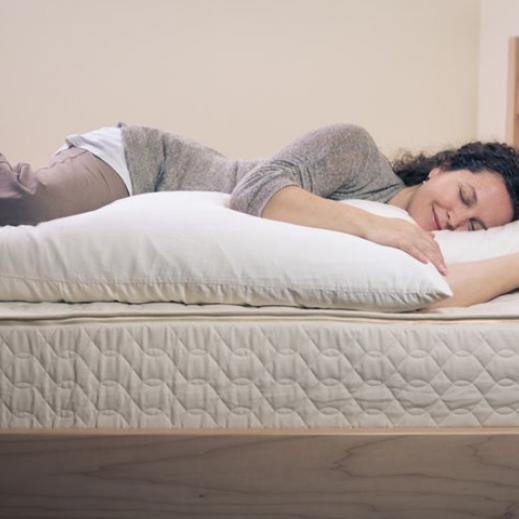 savy rest organic body pillow