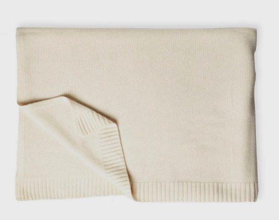 Cashmere blanket e1557426921146