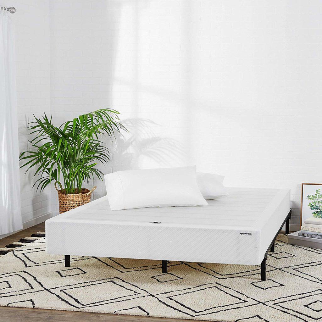 amazonbasics mattress foundation