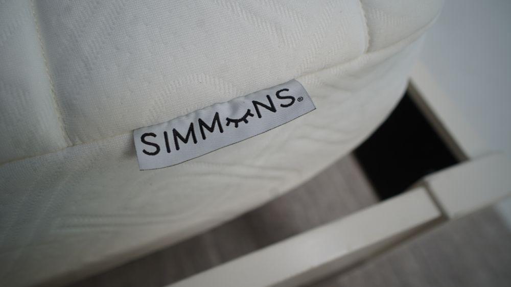 simmons foam closeup